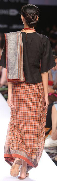 Micro Plaid linen Sari