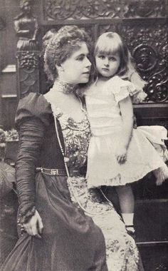 Crown Princess Marie of Romania with her eldest daughter Princess Elizabeth; Romanian Royal Family, Greek Royal Family, Michael I Of Romania, Belle Epoch, Princess Elizabeth, Royal Weddings, Lady And Gentlemen, Queen Victoria, Historical Clothing