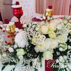 Bouquet table d'honneur Bouquet, Table Decorations, Wedding, Furniture, Home Decor, Head Tables, Valentines Day Weddings, Decoration Home, Room Decor