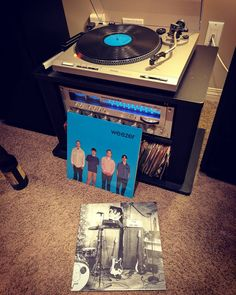This record instantly transports me to grade 10 back in 1994. I still love every track. #music #vinyl #weezer