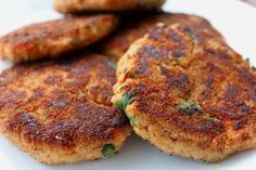 Looking for creative ways to get more omega-3 goodness into your toddler's tummy? Salmon patties are an easy way to encourage both fish lovers and picky eaters to get more body and mind with healthy fish. We feature canned salmon…