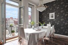 Elegant & light dining room | Finding Fortune