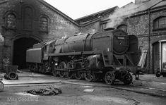 Great Buildings And Structures, Steam Engine, Steam Locomotive, Days Out, Model Trains, Bristol, Cathedral, Black And White, Architecture