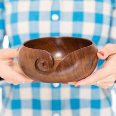 Yarn bowls are the perfect hack for all crafters. Yarn bowls keep your ball of yarn in one place and prevent your next project from turning into a tangled mess.