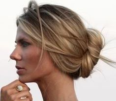 Loose bun / easy / updo / messy / chignon / blonde / light brown / balayage / dimension / highlights / lowlights / summer / hair color