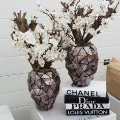 Vazen en potten Archives - By Camilla Camilla, Luxury Interior, Glass Vase, Decor, Decorating, Dekoration, Deco, Decorations, Deck