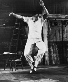 Gene Kelly in Summer Stock, The Newspaper and Creaky Board Dance. One of my favorite numbers