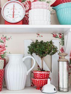 Una cocina con toques rojos | Decorar tu casa es facilisimo.com