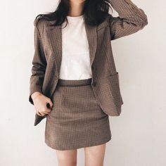 Korean Fashion – How to Dress up Korean Style – Fashion Design Tips K Fashion, Korea Fashion, Asian Fashion, Fashion Outfits, Womens Fashion, Office Outfits, Mode Outfits, Classy Outfits, Casual Outfits
