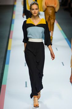 Fendi Spring 2013 Ready-to-Wear Collection Photos - Vogue