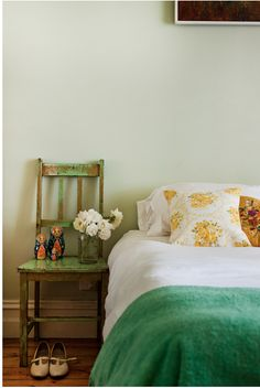 pretty green bedroom by jessica tremp.