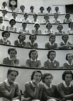 estudantes de enfermagem no anfiteatro, Hospital Roosevelt, nova iorque, 1938 • Alfred Eisenstaedt # repetições