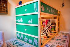 Lit enfant KURA customisé avec du bois recyclé