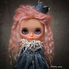 Custom Doll for Adoption by SanaDolls  CHECK HERE  http://etsy.me/2jWF1BP  #blythe #dollycustom #blythecustom #blythecustomizer #ooakblythe #customblythe #kawaii #doll #artdoll #dollstagram #blythestagram #blythelover #ブライス