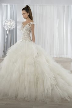 ff98593a69c3 Νυφικά Φορέματα Demetrios Collection - Style 611 Elegant Wedding Dress