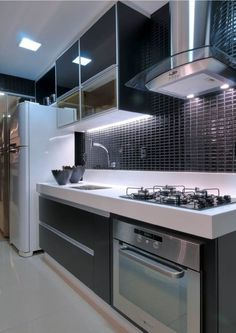 46 trendy bathroom black and white kitchen cabinets Kitchen Cabinet Layout, Cabinet Decor, White Kitchen Cabinets, Kitchen Backsplash, Kitchen Countertops, Kitchen Appliances, Kitchen White, Dark Cabinets, Backsplash Ideas