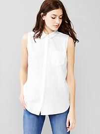 Floral jacquard sleeveless shirt