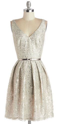 Silver Belle of the Ball Dress http://rstyle.me/n/cpbjcr9te