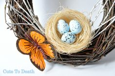 dekoracje domu stołu na Wielkanoc wielkanocne ozdoby wianek wieniec ptasie gniazdko  http://cutetodeath.blogspot.com/2015/03/udekoruj-dom-na-wielkanoc-czyli-jak.html
