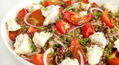Castelluccio-linzen met tomaten en gorgonzola