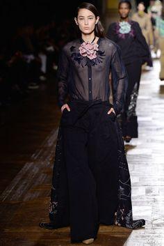 Dries Van Noten Fall 2015 Ready-to-Wear Fashion Show - Tiana Tolstoi (NEW MADISON)