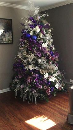 christmas tree purple and silver Purple Christmas Tree - 20 Inspirational Purple and Silver Christmas Tree Decorating Ideas Purple Christmas Tree Decorations, Types Of Christmas Trees, Silver Christmas Tree, Christmas Tree Design, Beautiful Christmas Trees, Colorful Christmas Tree, Magical Christmas, Holiday Tree, Christmas Holidays