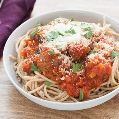 "Zesty Turkey Spaghetti with Meatballs over whole wheat pasta ""Lycopene, the car… Turkey Spaghetti, Whole Wheat Spaghetti, Whole Wheat Pasta, Spaghetti And Meatballs, Spaghetti Recipes, Cooking Recipes, Healthy Recipes, Healthy Meals, Meatball Recipes"