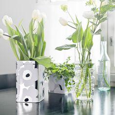 Unikko tin box and Socks Rolled Down glassware. Tin Boxes, Marimekko, Glass Vase, Classic, Green, Instagram Posts, Flowers, Home Decor, Socks