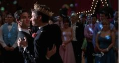 Excuse me, may I have this dance?? Le sigh...best. boyfriend. ever.  #Klaine #Glee
