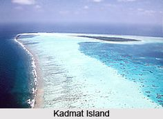 Kadmat Island, also known as Cardamom Island is a pristine landscape in the islands of Lakshadweep archipelago. For more visit the page. #island #indianbeaches #travelindia