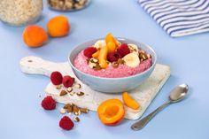 En supergod frokost eller snack som gir deg masse energi. TINE Yoghurt Fyldig blandet med frosne bringebær, havregryn, ingefær og nøtter. En frisk oppkvikker!