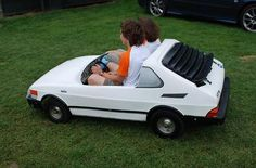 Saab pedal car, too cute, but where is the side mounted turn signal indicators???lol!!!!