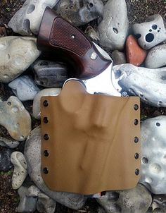 Zero Eng Revolver holster in coyote brown.