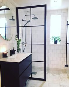 Contemporary Wall-Mounted Square Rain Shower System with Hand Shower & Waterfall Tub Spout in Matte Simple Bathroom Designs, Bathroom Design Small, Bathroom Interior Design, Rain Shower System, Shower Systems, Bad Inspiration, Bathroom Inspiration, Dream Bathrooms, Bathroom Styling
