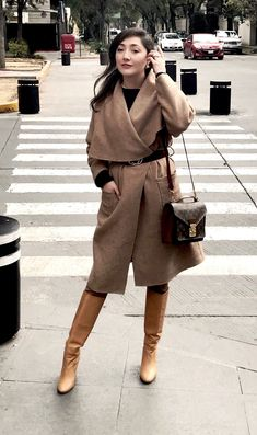 Camel outfit, look para otoño. Working Girl