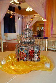 Lantern Centerpiece Lantern Centerpieces, Lanterns Decor, Wedding Stuff, Wedding Ideas, Moroccan Theme, Light Up, Morocco, Color Schemes, Wedding Decorations