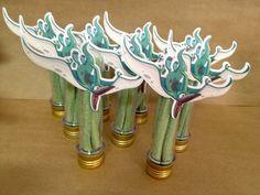 Tubetes decorados para lembrancinhas com tampa e tag decorados de acordo com o tema.  Não incluem doces  Pedido mínimo de 20 unidades R$ 6,50