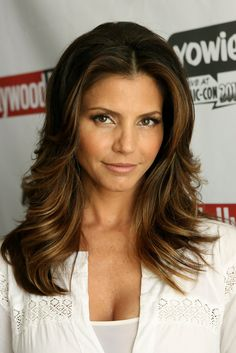 Charisma Carpenter (Cordelia) After Buffy The Vampire Slayer. I love her hair! Buffy, Lying Game, Charisma Carpenter, Native American Beauty, The Hollywood Reporter, Look At You, Beautiful Actresses, American Actress, Muse