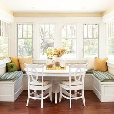 Cottage kitchen nook This would work in our kitchen! Cottage Kitchens, Home Kitchens, Dream Kitchens, Kitchen Nook, Kitchen Decor, Kitchen Banquette, Kitchen Seating, Kitchen Ideas, Kitchen Dining