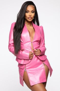 I Got The Drip Leather Jacket – Pink - Metarnews Sites Swimsuits For Curves, Women Swimsuits, Leather Lingerie, White Dresses For Women, Vegan Leather Jacket, Rave Wear, Plus Size Fashion For Women, Edgy Outfits, Leather Fashion