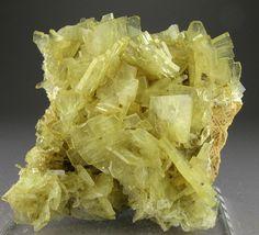 Barite - Cerro Warihuyn, Miraflores, Huanuco Department, Peru / Mineral Friends <3