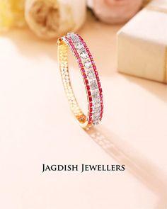 Zircon Diamond Bracelet Exquisite Diamond Bow Zircon Crystal Lined Cross Bracelet Rhodium Plating