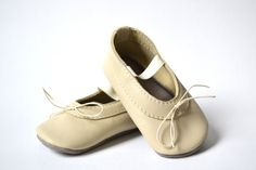 Baby girl soft sole leather mary jane shoes / ballet by MiniMos