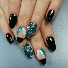 Black and blue rhinestone nailart #nailart @JenniferW
