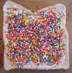 yum this was a huge part of my aussie childhood. Yummy Treats, Yummy Food, Tasty, Fairy Bread, Sprinkle Party, Australian Food, Cupcakes, Looks Yummy, Woodland Party
