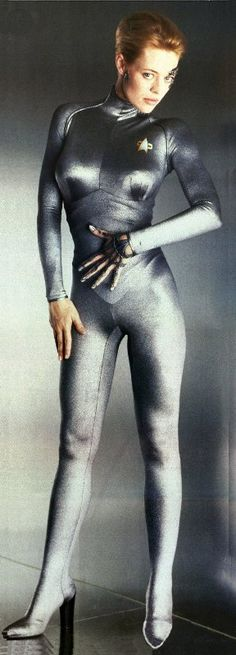 Jeri Ryan / Seven of Nine / Star Trek: Voyager / 37DD of Nine / 38-of-D / / 38-of-D / 6-of-9 / Tette di Nove / Barbie Borg