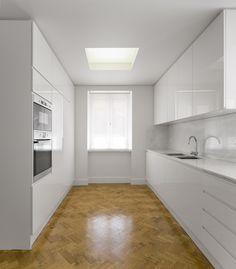 Galeria de Apartamento Av Roma / João Tiago Aguiar Arquitectos - 3