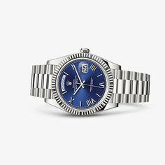 Um relógio de prestígio escolhido pela elite mundial, que personifica a essência do luxo.
