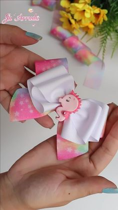 Flower Hair Bows, Ribbon Hair Bows, Diy Ribbon, Ribbon Crafts, Cheer Hair Bows, Baby Hair Bows, Hair Bow Tutorial, Handmade Hair Bows, Boutique Hair Bows