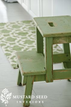love this little green step stool